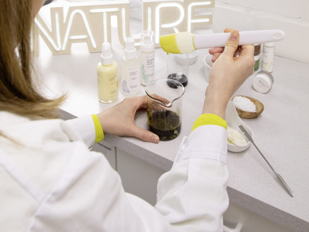 natural cosmetics laboratory